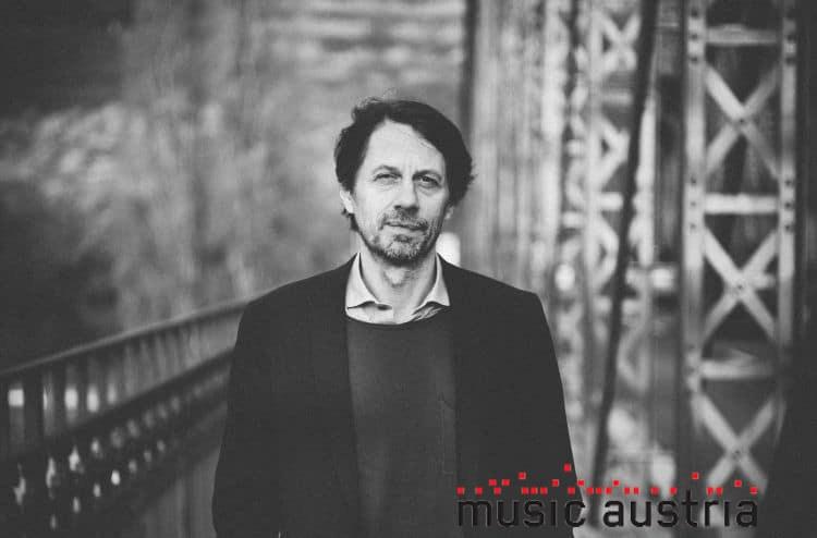"""""""Transformation und dynamische Verhältnisse des Übergangs spielen eine Rolle"""" - Thomas Edlinger über die neue Gesellschaft, Politik und Details über das donaufestival 2019"""